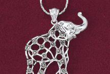 Jewelry I Love / by Margi Weiss