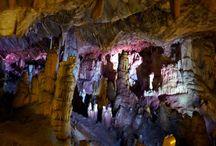 Jaskyňe
