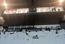 Giemme System @ Dacia Arena, Stadio Udine / Gli Skybox presidenziali della Dacia Arena dello stadio di Udine sono stati realizzati con le vetrate Giemme System. Queste esclusive postazioni permettono di vedere le partite della Serie A attraverso le trasparentissime vetrate Giemme System.
