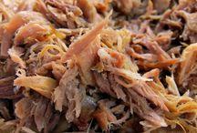 Pig Roasts<3