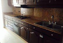 Aguacatal / Apartamento en 9° piso  - 3 Habitaciones - Cuarto del servicio - Baño del servicio - Deposito - 2 parqueaderos - Aire acondicionado - Cocina Integral - Habitación principal con baño.  Precio: $400'000.000