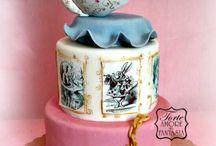 """Alice in Wonderland """"Buon non Compleanno"""" / Perche' festeggiare solo il compleanno, quando ci sono 364 NON COMPLEANNI??? Ecco allora il Non Compleanno della nostra amichetta... che si chiama Alice!!! Auguri a tutti quelli che oggi festeggiano il loro Non Compleanno!!!"""