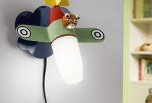 Dzień Dziecka / Podpowiadamy jakie lampy wybrać, by nasze pociechy czuły się w swoim pokoju niczym w bajkowym królestwie.