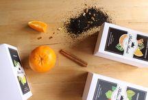 Les produits de Palais Shanti / Des infusions bio avec uniquement des ingrédients naturels, sans arômes ou additifs. Découvrez nos recettes et conseils pour préparer le thé sous toutes ses formes, l'histoire de l'infusion, le lifestyle de Palais Shanti et de nombreuses astuces santé et bien-être.