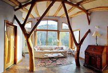 Farmhouse Decor / Who says a homestead can't be beautiful?