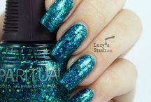 Bloggers / Talented creative nail art ideas and lovely polish looks from nail bloggers