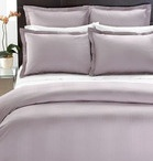 Swanky Outlet / A place to find great bedding deals!