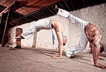 Capoeira / Capoeira Berimbau Jogo Mestres Songs Training