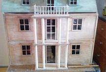 Atlantahuis van artisan / poppenhuis / dollhouse begonnen op.24-06-16 huis is nog lang niet klaar, steeds weer wat doen. De grote lijnen zijn klaar.