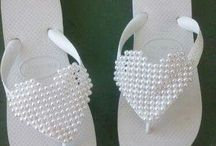 chinelos em bordados em perolas