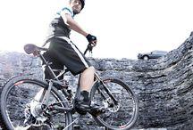 Bicicletas Mercedes / Toda la potencia y el estilo de #Mercedes-Benz, la puedes encontrar en su gama de bicicletas. #bike  http://bit.ly/bikesmb