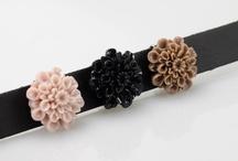 Sari-Design / Hele mooie leren armbanden die je kan combineren met buttons in allerlei stijlen en kleuren
