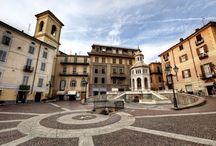 Okusi Piemonta / Kolesarska tura nas vodi v najbolj zahodno pokrajino celinske Italije - Piemont. Bogato deželo pod vznožjem Alp konec septembra še greje morje bližnjega Ligurskega zaliva. Za turo smo izbrali njen južni rob - vinorodone griče Astija in Albe - domovine Barbaresca in Barola, ki ju seveda vse poskusimo. Za odtenek zahtevnejša tura bo čez dan naredila prostor za večerno razvajanje trebuščkov - kot tradicionalno na zaključnih turah bo poudarek tudi na odlični domači jedači :)