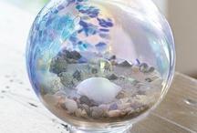 Globes / Snowglobes
