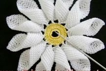 crochet flower +leave patterns