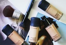 Beauty Inspiration / Moodboard of makeup and beauty products, reviews, and tutorials