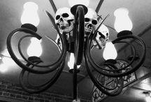 Pääkallolamppuja