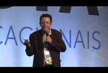 Tecnologias Digitais / Textos e vídeos sobre Teóricos sobre Tecnologias digitais na educação