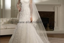 Wedding dresses / by Kellian Davis