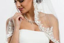 Velo de Novia corto - Odilia Bridal / Preciosos velos de novia largos, perfectos para el día de tu boda, con pedrería de Swarovski, perlas... Todos los modelos soñados!