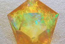 камни,кристаллы