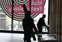 Pomagamy urządzać wnętrza 35.PPA / Aranżujemy wnętrze Klubu Festiwalowego w Teatrze Muzycznym Capitol. Od 20-30 marca 2014 można zobaczyć efekty naszej pracy na żywo