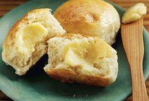 Bread / by Kagney Paden