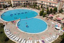 Didim - Aykar Apollon Holiday Village / With more than 450 properties at the Aykar Apollon Holiday Village, Didim Sun Properties has a long solid history of selling re-sale properties at the village. Here we present the most up to date set of re-sale properties available at Aykar Apollon Holiday Village. If you would like details about the village and its facilites or the properties for sale at present, please email us (info@didimsun.com ) with your email address. Thank you.