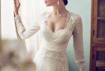 Wedding - Bride - Near the window