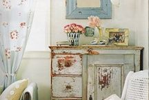 Home Inspirations  / cozy decor and shabby chic
