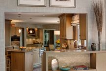 Oak Brook Illinois Kitchens / Kitchen remodels, redesigns, and ideas all in Oak Brook Illinois. Including modern kitchens, contemporary kitchens, transitional kitchens, and traditional kitchens all done by award winning Drury Design Kitchen and Bath Studio.