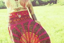 Tenue à la cool (hippie,...)