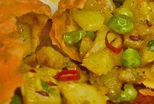 Menu Vegetariano / Piatti tipici vegetariani, accompagnati dalle famose Spezie indiane.
