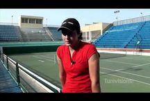 Ons Jabeur / Ons Jabeur, née le 28 août 1994 à Ksar Hellal, est une joueuse de tennis tunisienne, professionnelle depuis 2008. Elle remporte le tournoi de Roland-Garros 2011 en simple junior.