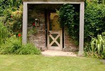 Garden views / Scenes of Stockton Bury Gardens throughout the year