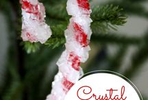 Oodles of Ornaments / Ideas for crafting Christmas Ornaments.