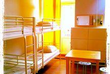 Pokój 8-osobowy/8 bedded dorm / Pokój 8-osobowy ze wspólną łazienką. 8 bedded dorm with shared bathroom.