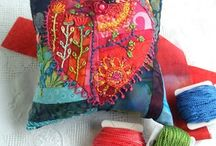 Needlework Accessories / by Mandy Currie
