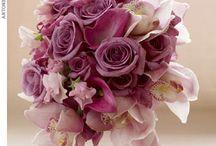 Buquês de Noiva Cor de Rosa / Monocromáticos ou misturados com outros tons, os buquês de noiva cor de rosa são a opção das noivas românticas. #primaveragarden #buquesdenoiva #casamento #ideiascasamento # florescasamento