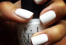 WHITE / White on white