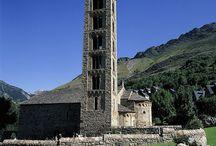 ピレネー山脈、ボイ渓谷 / 標高の高い山が好きですか?ピレネー山脈は、本当に素晴らしいエリアです。  ボイ渓谷には、ロマネスク様式の教会がたくさんあり、ユネスコの世界遺産に登録されています。