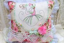 Home Decor Pillows and Home Accent / This board is dedicated to the many different varieties of pillows. Having a home dec background I find pillows to be essential accents in home decorating.