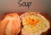 Soups to keep me warm / by Carolyn Lemieux