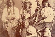 LAKOTA - TWO KETTLES or O'ohe Nuŋpa