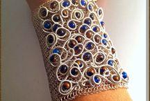 Wire embroidery jewelry / wire crochet and wire wrapped, embroidery jewelry design. #liliadam #wirecrochet #crochetjewelry #style #wirejewelry