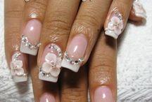 Cute nails. Sparkle