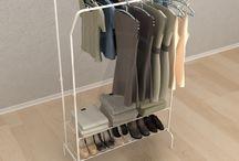 Arara não é bicho e pode pendurar roupa! / Araras diferentes para pendurar roupas.