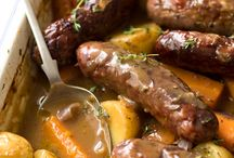 sausages and gravy