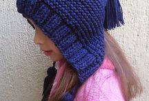 capuz de crochet azul