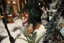 """Christmas Village 2010 of Connie de Groot:"""" Welcome in my romantic snow village"""" / Lien vers l'album: https://plus.google.com/photos/109606449019934098267/albums/5800361828316300337"""